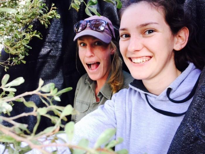 "Shamwari vet and ""Pre"" Vet Eco Experience volunteer posing for a selfie"